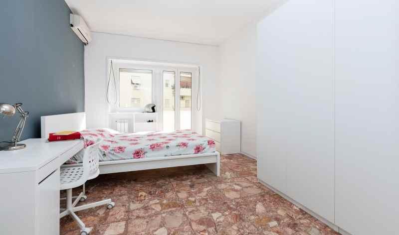 affitto stanza singola roma lungotevere degli artigiani